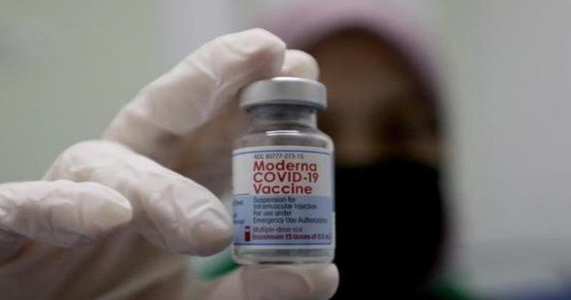 Moderna presenta datos para solicitar autorización de tercera dosis en Europa